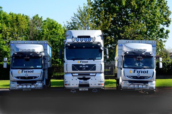 delivery-fleet-1-finol-oils
