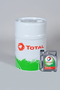Barrel and drum of Tractagri engine oil